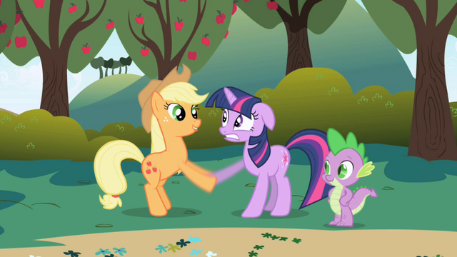 File:Applejack greets Twilight S1E1.png