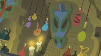 Decorations in Zecora's house S1E09