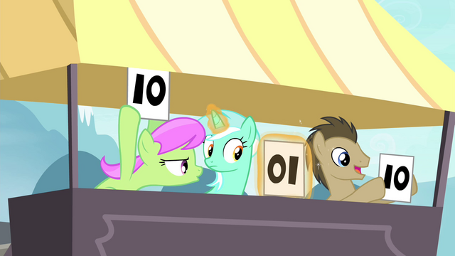 File:Lyra notices S4E20.png