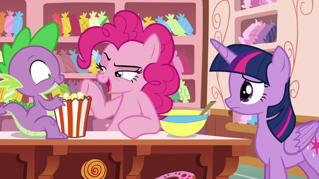 """File:Pinkie Pie """"super-fun party boat games"""" S6E22.png"""