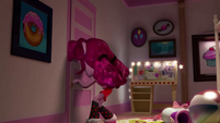 Pinkie Pie about to open her closet (version 2) EGM1