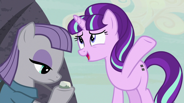 "File:Starlight ""some kind of super-powerful stone"" S7E4.png"