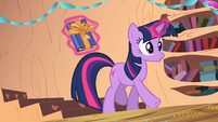 Twilight found out S2E10