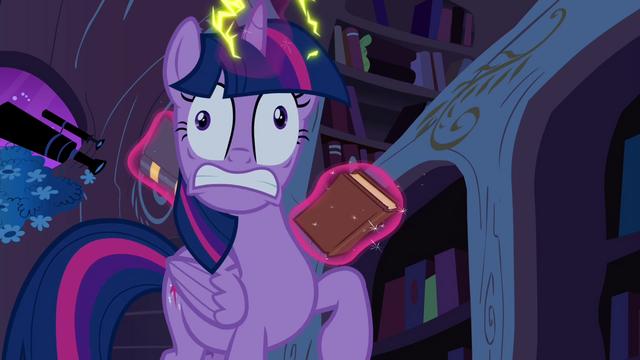 File:Twilight involuntarily levitating books S4E26.png