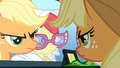 Applejack 'Being on time to pick her up' S3E4.png