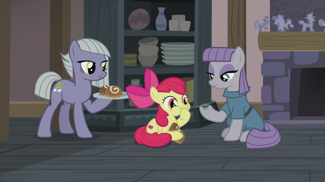 File:Apple Bloom eating sweet buns S5E20.png