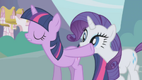 Twilight silences Rarity S1E03