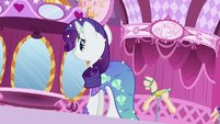 Rarity hears someone enter the Boutique S5E21