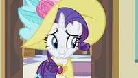 Rarity look left S2E9