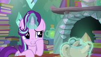 Starlight trying to be nonchalant S6E1
