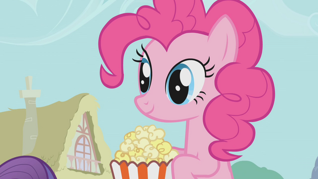 File:Pinkie Pie holding popcorn S1E04.png