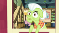 Granny Smith briefly bewildered S7E2.png