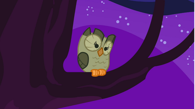 File:Owlowiscious sitting on the tree S1E24.png
