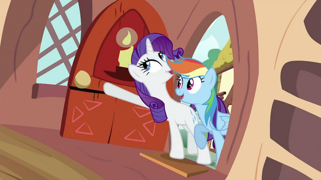 File:Rainbow and Rarity at the door S2E21.png