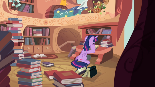 File:Twilight reading a book S4E03.png