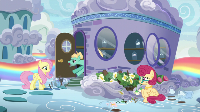 File:Zephyr Breeze tossing out more clouds S6E11.png