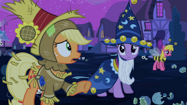 File:Applejack 'goin' our way' S2E04.png