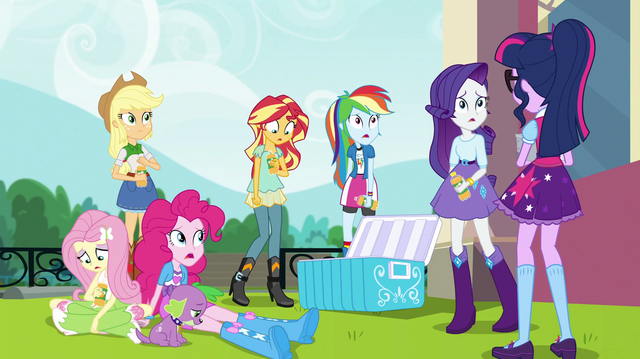 File:Equestria Girls looking disappointed EGS1.png