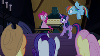 "Pinkie Pie helping with her friends' ""party"" S4E03"