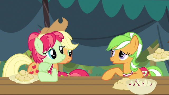 File:Apple Family a hoot S3E8.png