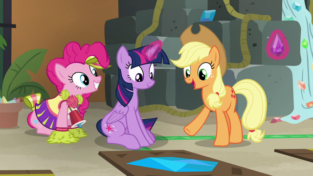 "File:Applejack ""you solved that triangley thing"" S7E2.png"