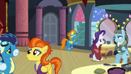 Ponies waiting S5E15
