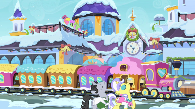 File:Jet Set and Upper Crust in Canterlot S02E11.png