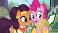 Pinkie holding flyers and arrow sign S6E12.png