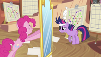 Pinkie Pie moving mirror S2E20