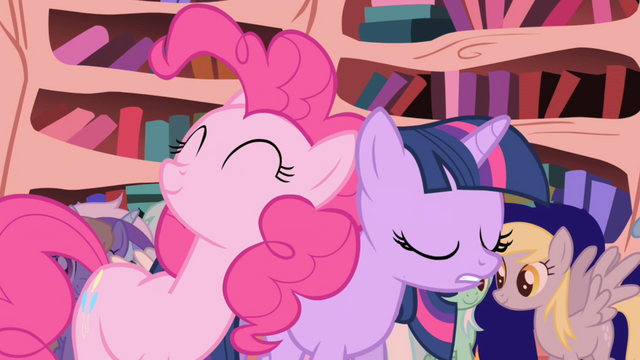 File:Pinkie Pie talking...more S01E01.png