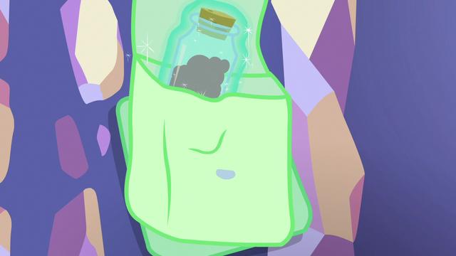 File:Starlight places anger bottle in her saddlebag S7E2.png