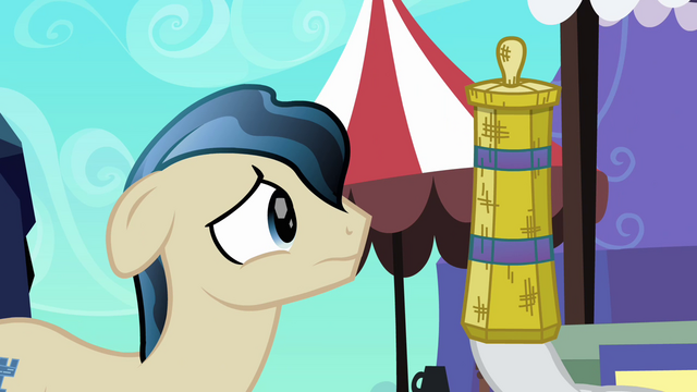 File:Rarity distracts Ivory with straw weaving S3E02.png
