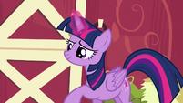 Twilight using her magic S6E10