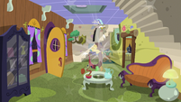 Discord poofs into his home S5E7