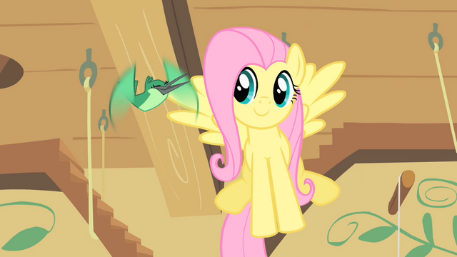 File:Hummingway sings to Fluttershy S1E22.png