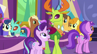 Starlight Glimmer talking to Thorax S7E1