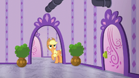 Applejack follows the pipes into another room S6E10