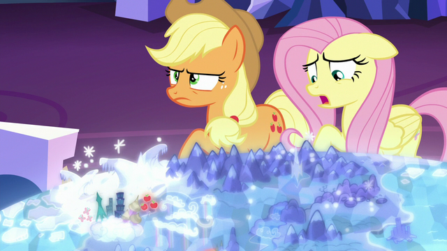 "File:Fluttershy ""all those lights and sounds"" S6E20.png"