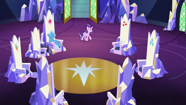 File:Starlight pacing in the throne room S7E2.png