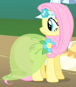 File:Fluttershy airy outfit ID S1E20.png