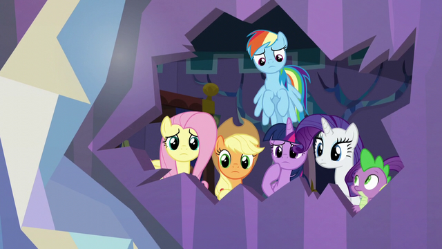 File:Main cast looks through a hole in the wall S5E19.png