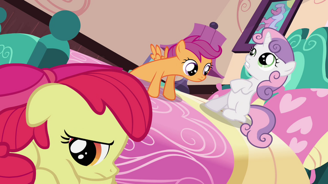 File:Sweetie Belle 'We need to talk' S3E4.png