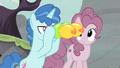 Party Favor's balloon binoculars S5E2.png