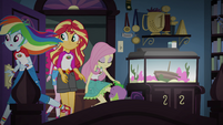 Sunset and friends enter Twilight's room EG4