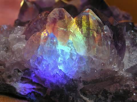 File:Amethyst Crystal EarthDanceMessage.jpg
