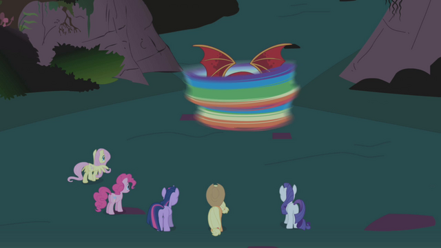 File:Five friends watch Dash deal with manticore S1E02.png
