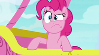 Pinkie Pie determined to help Yakyakistan S7E11