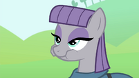Maud chewing gem S4E18