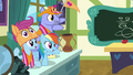 Rainbow and parents cheering for Scootaloo S7E7.png