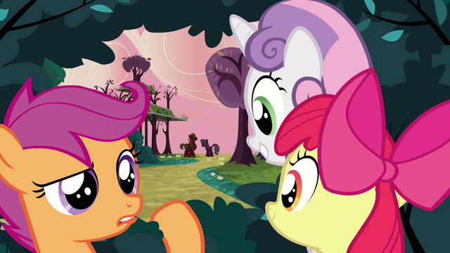 File:CMC watching from the bush S2E17.png